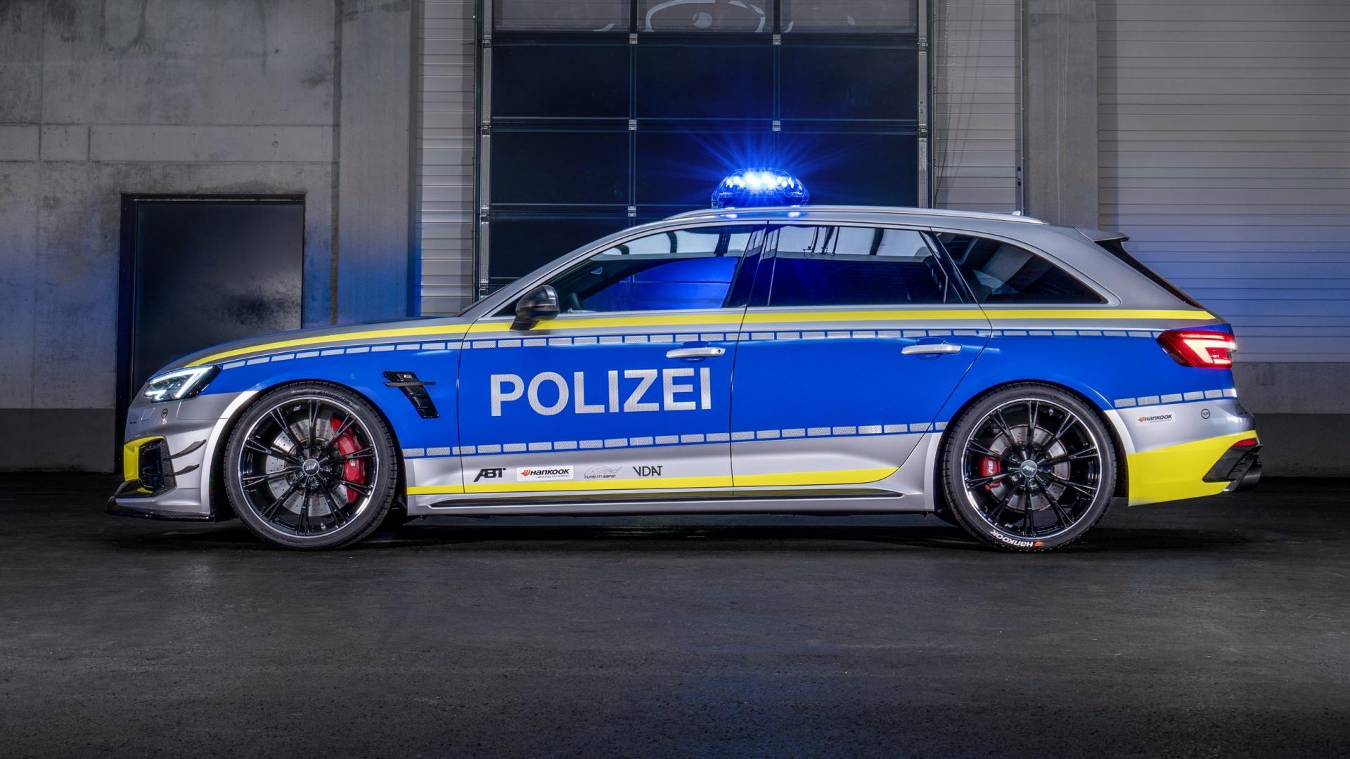 politie-abt audi rs 4-r