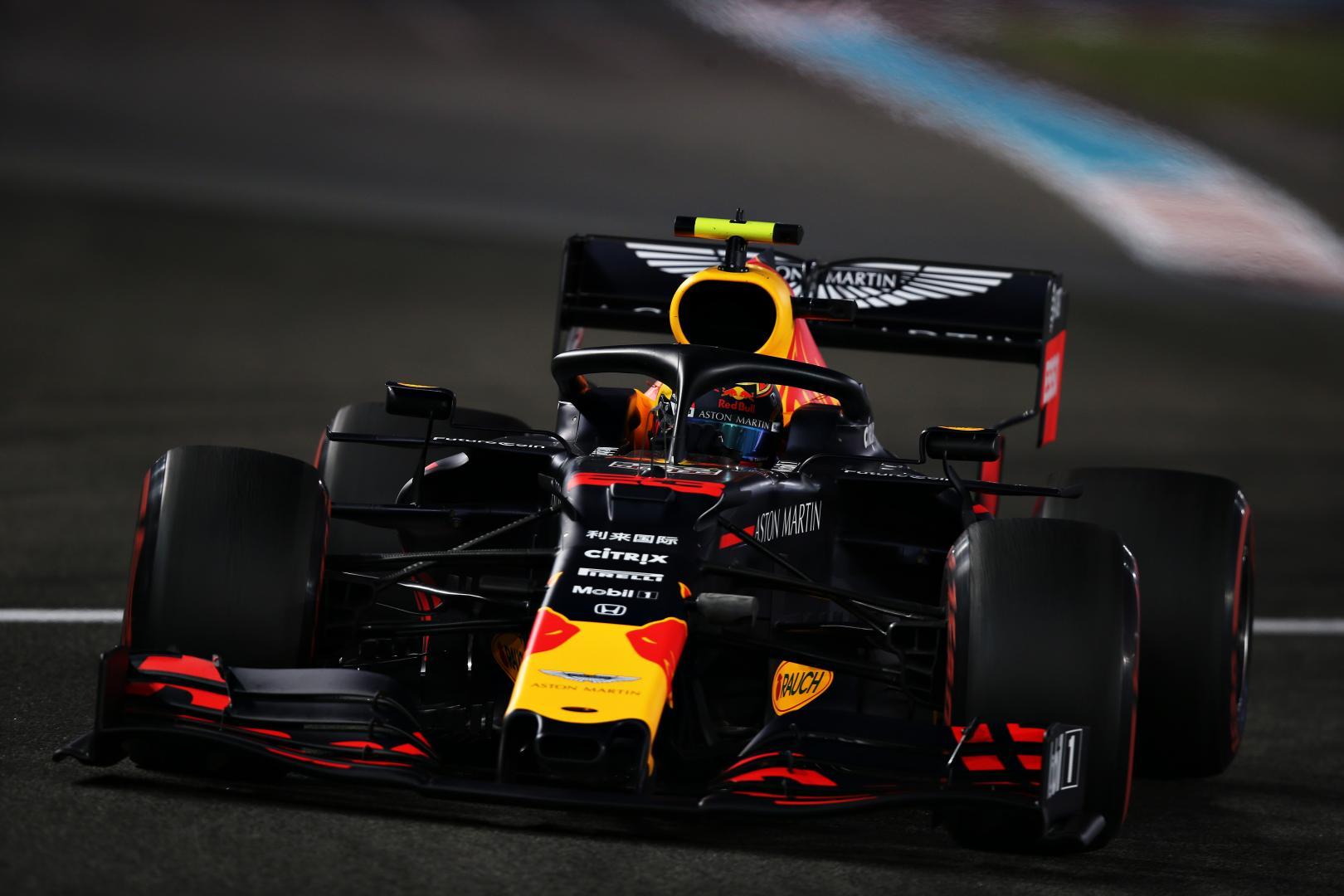 Alexander Albon voor detail donker GP van Abu Dhabi 2019