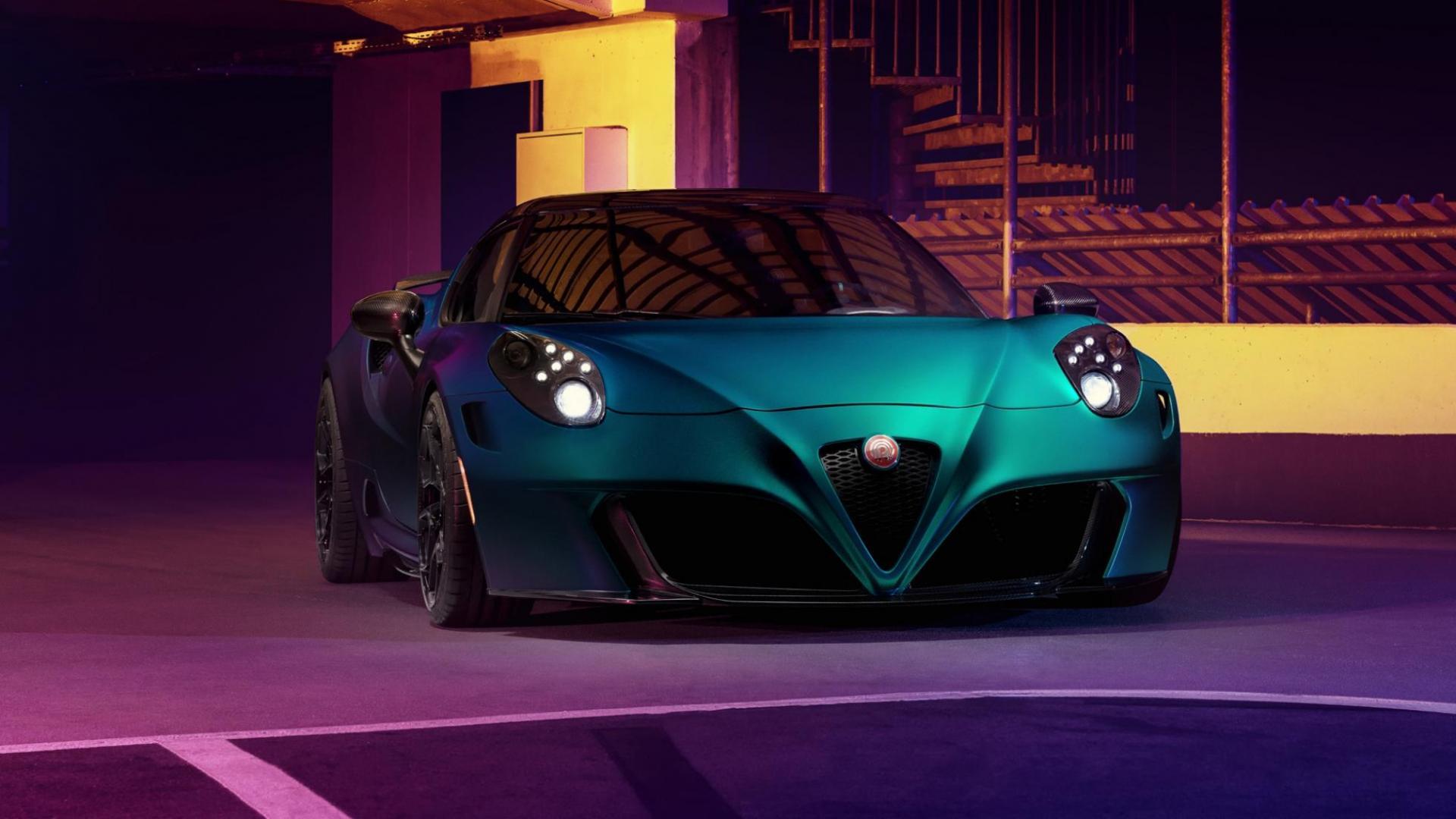 Alfa Romeo 4C Pogea Racing Zeus recht voor