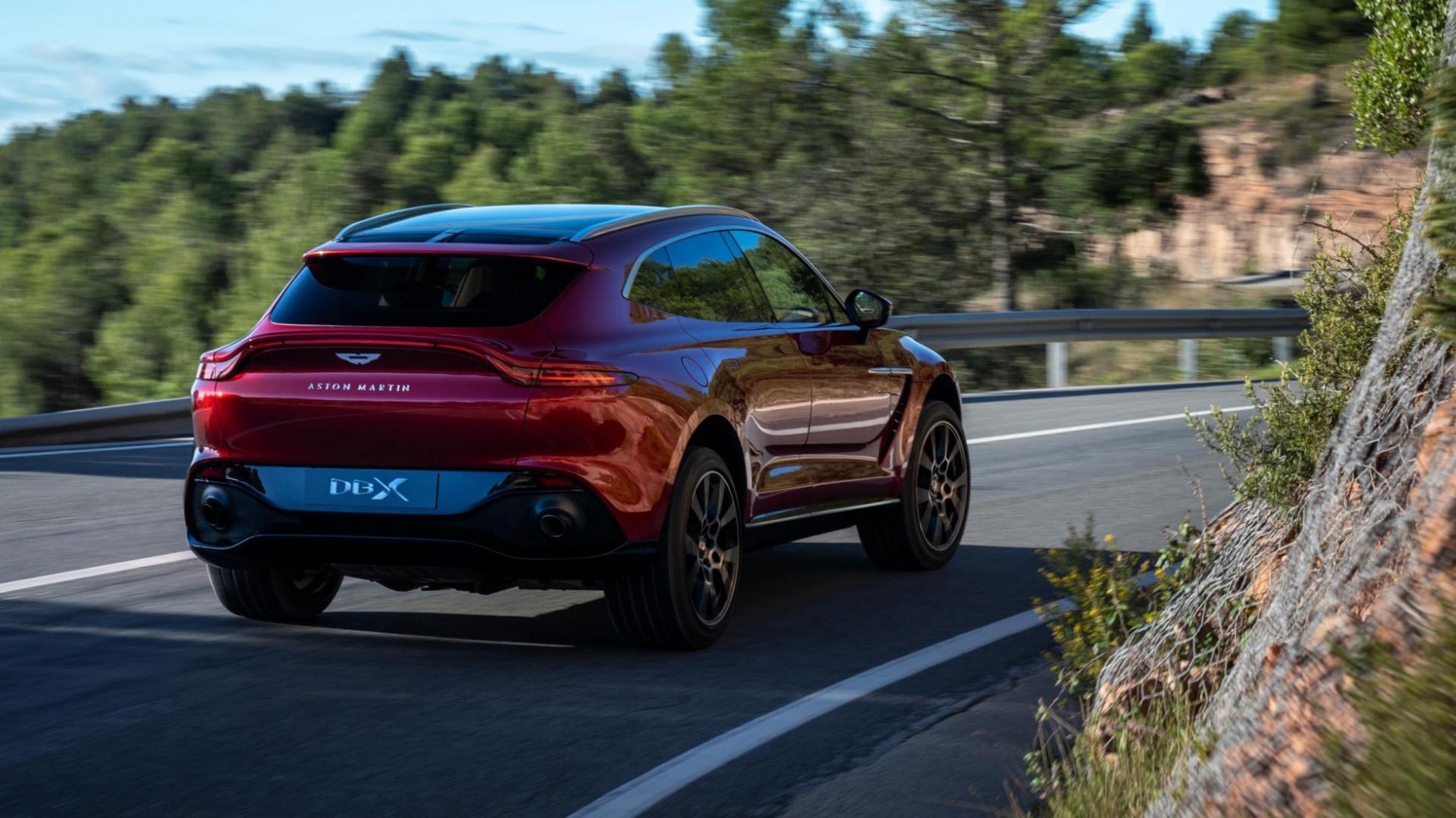 Aston Martin DBX rijden