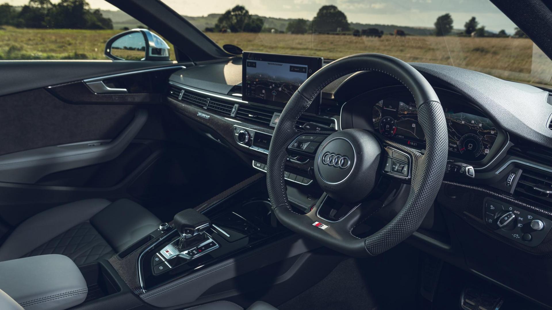 Audi S4 Avant 3.0 TDI Quattro interieur