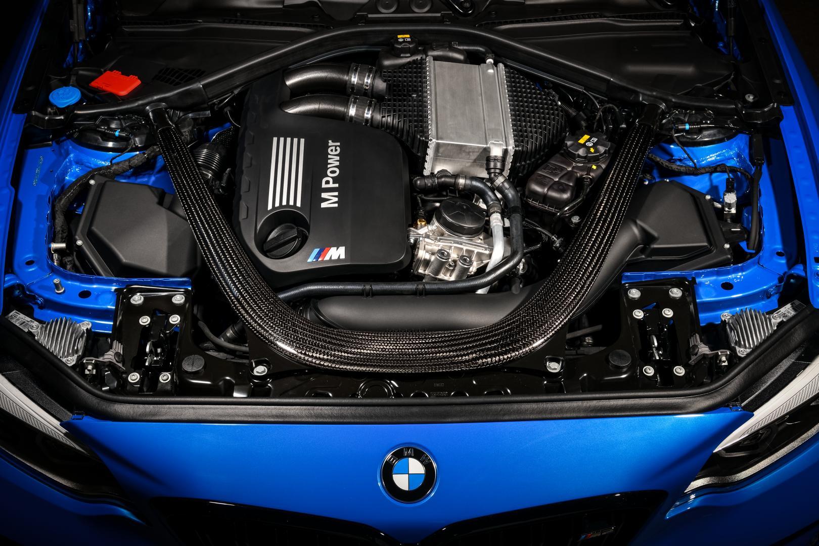 BMW M2 CS 2020 zes-in-lijn
