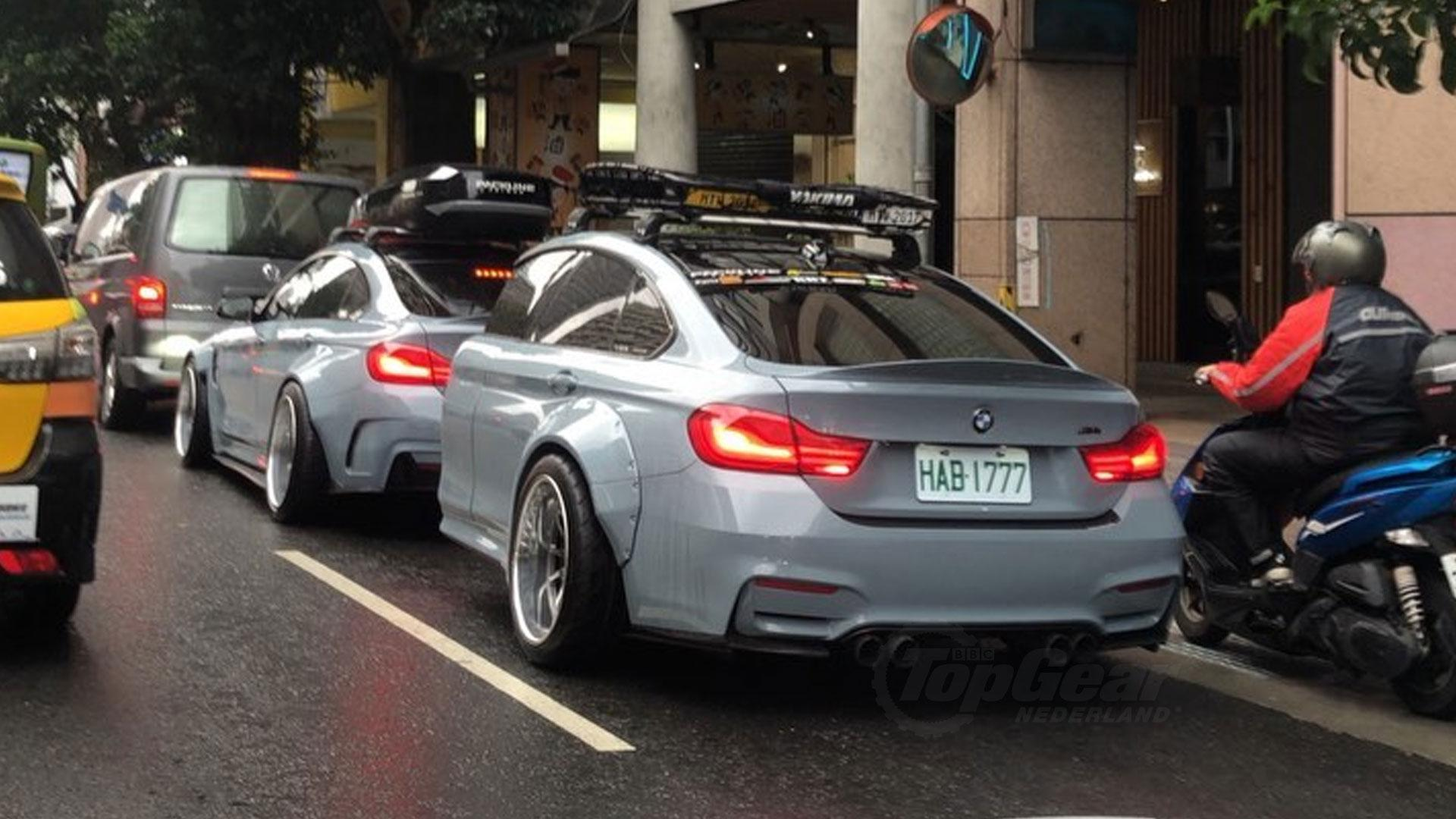 BMW M4 met M4-trailer