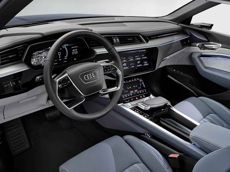 Audi e-tron Sportback 2020 interieur dashboard stuur