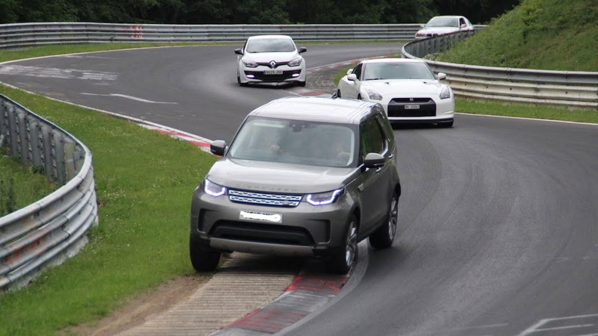 Land Rover Discovery op de Nurburgring