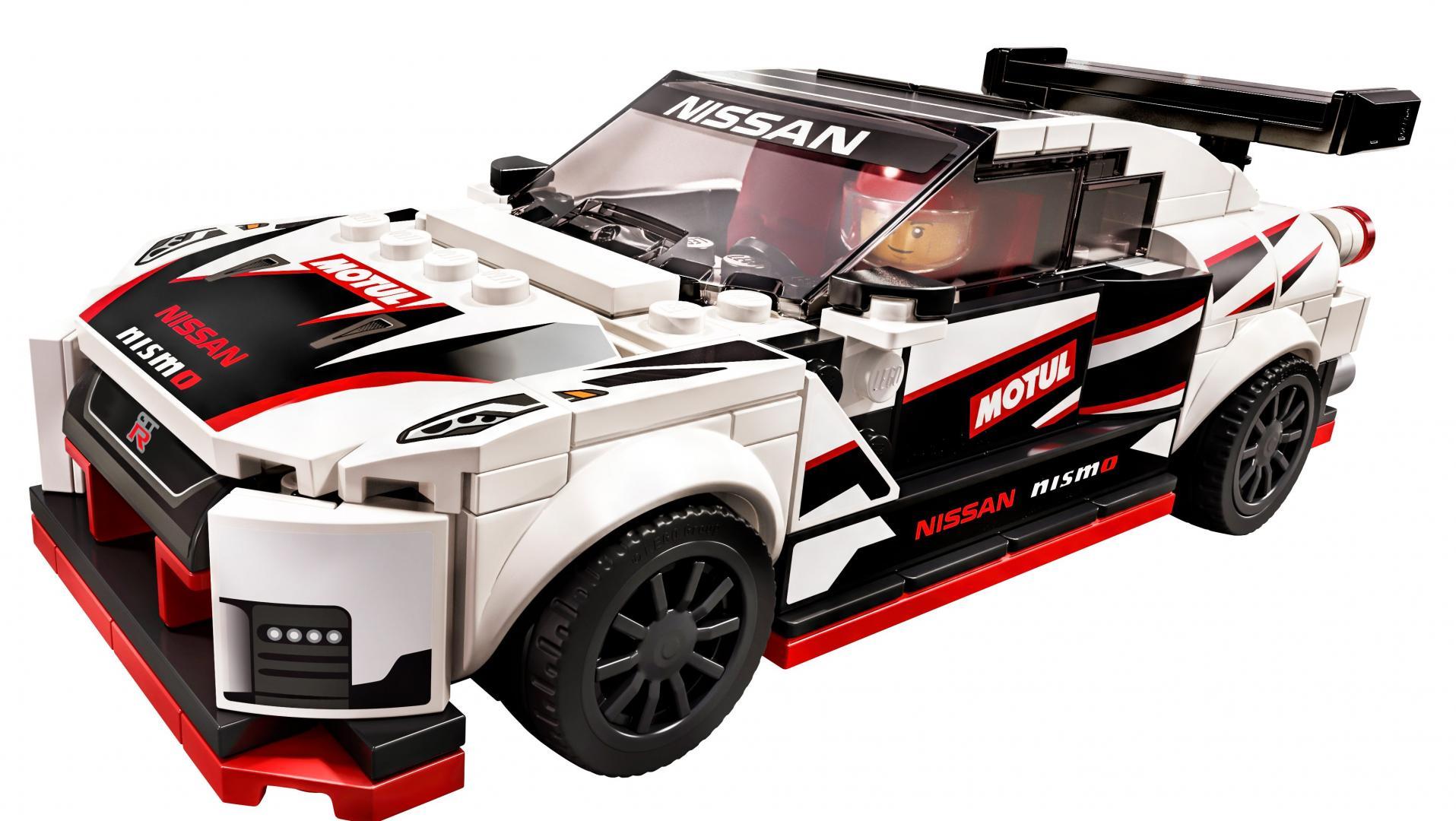 Lego Nissan GT-R Nismo 3 4 voor