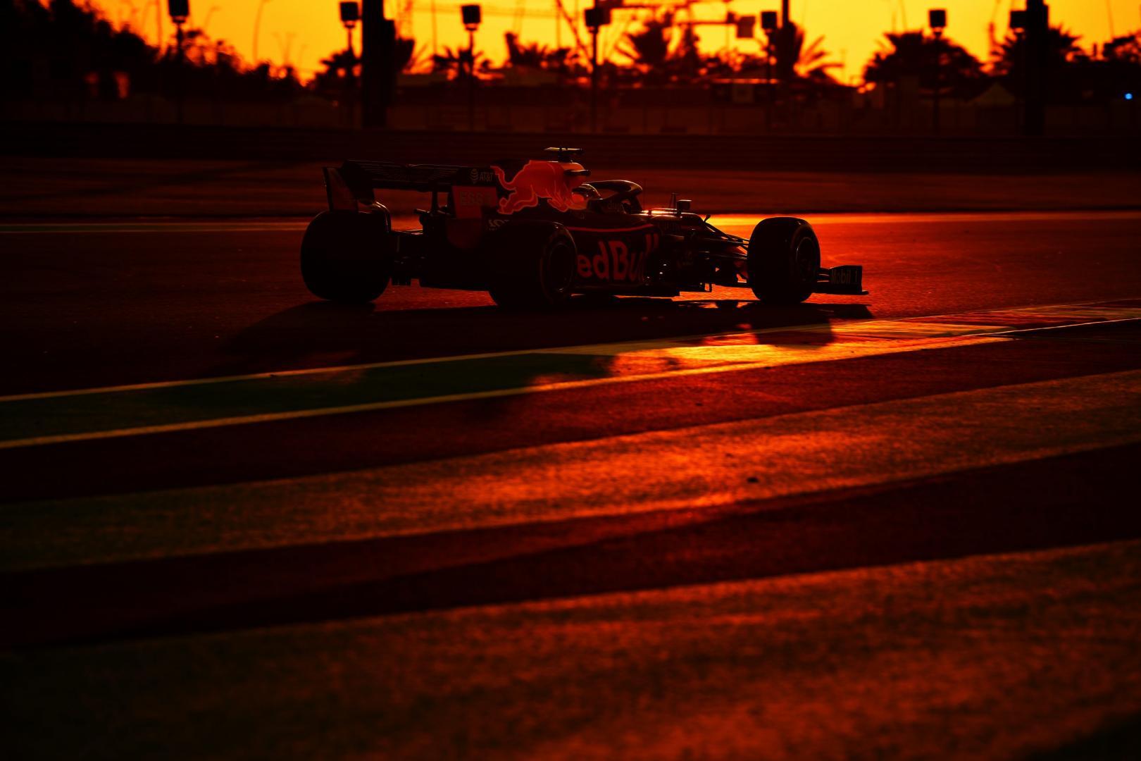 Max Verstappen 3 4 achter schemering GP van Abu Dhabi 2019