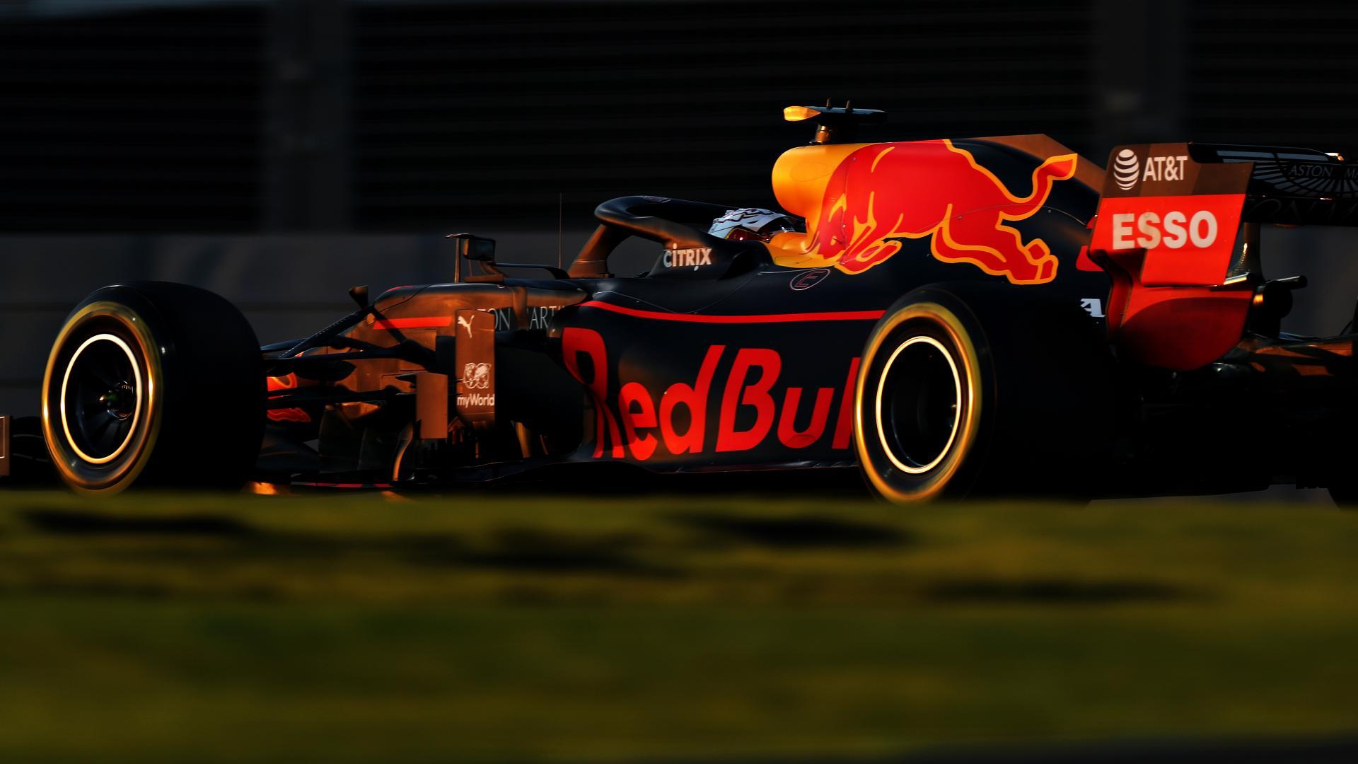 Max Verstappen achter schemering GP van Abu Dhabi 2019