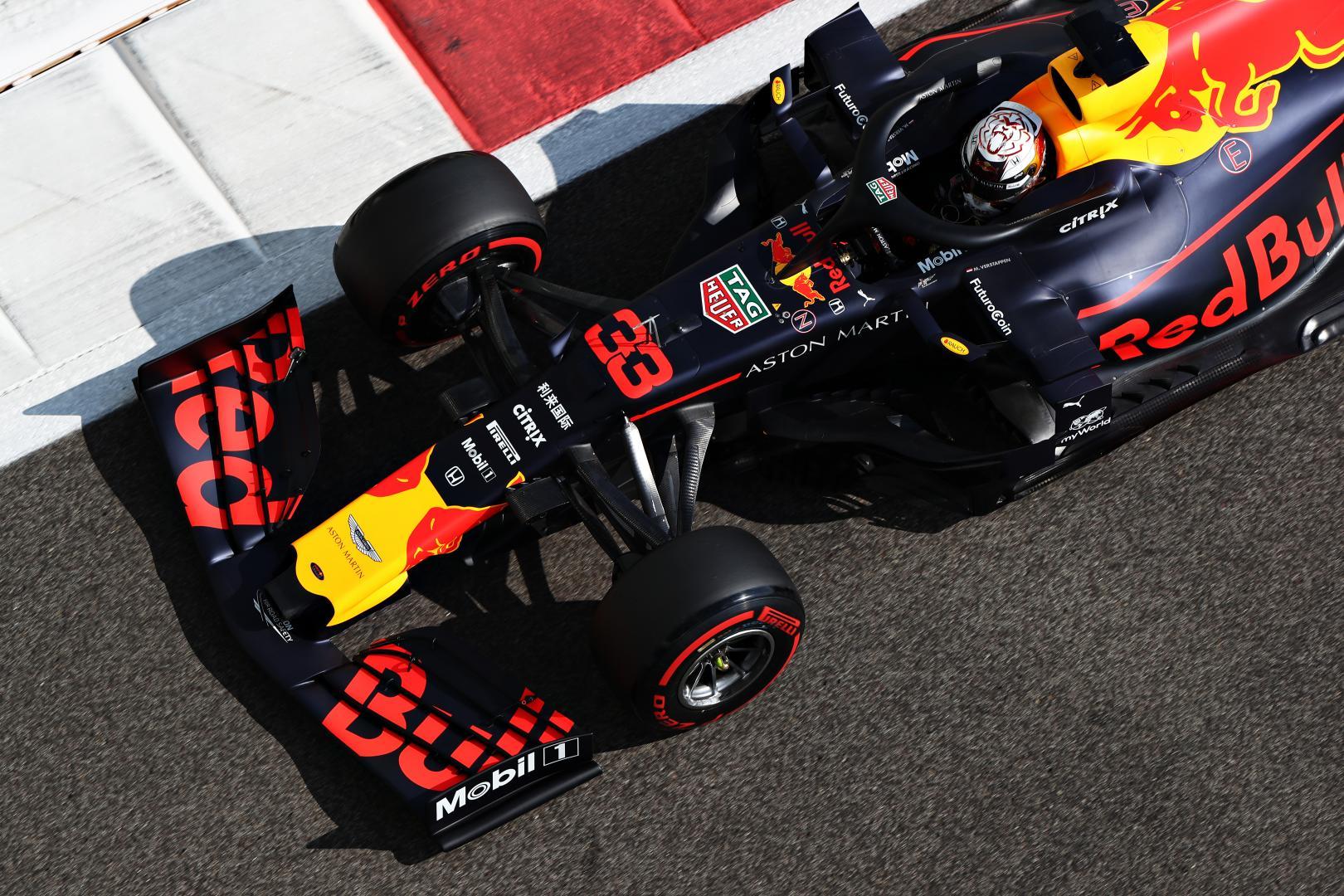 Max Verstappen recht boven voorkant GP van Abu Dhabi 2019