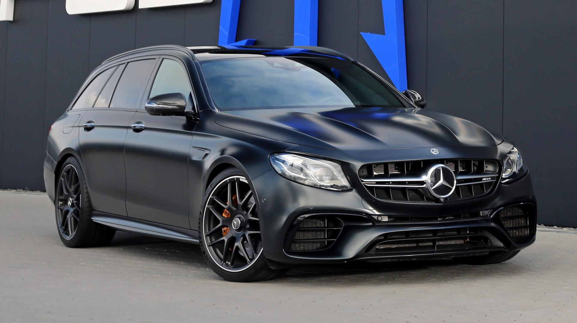 Mercedes AMG Posaidon E63 RS830 rechtsvoor