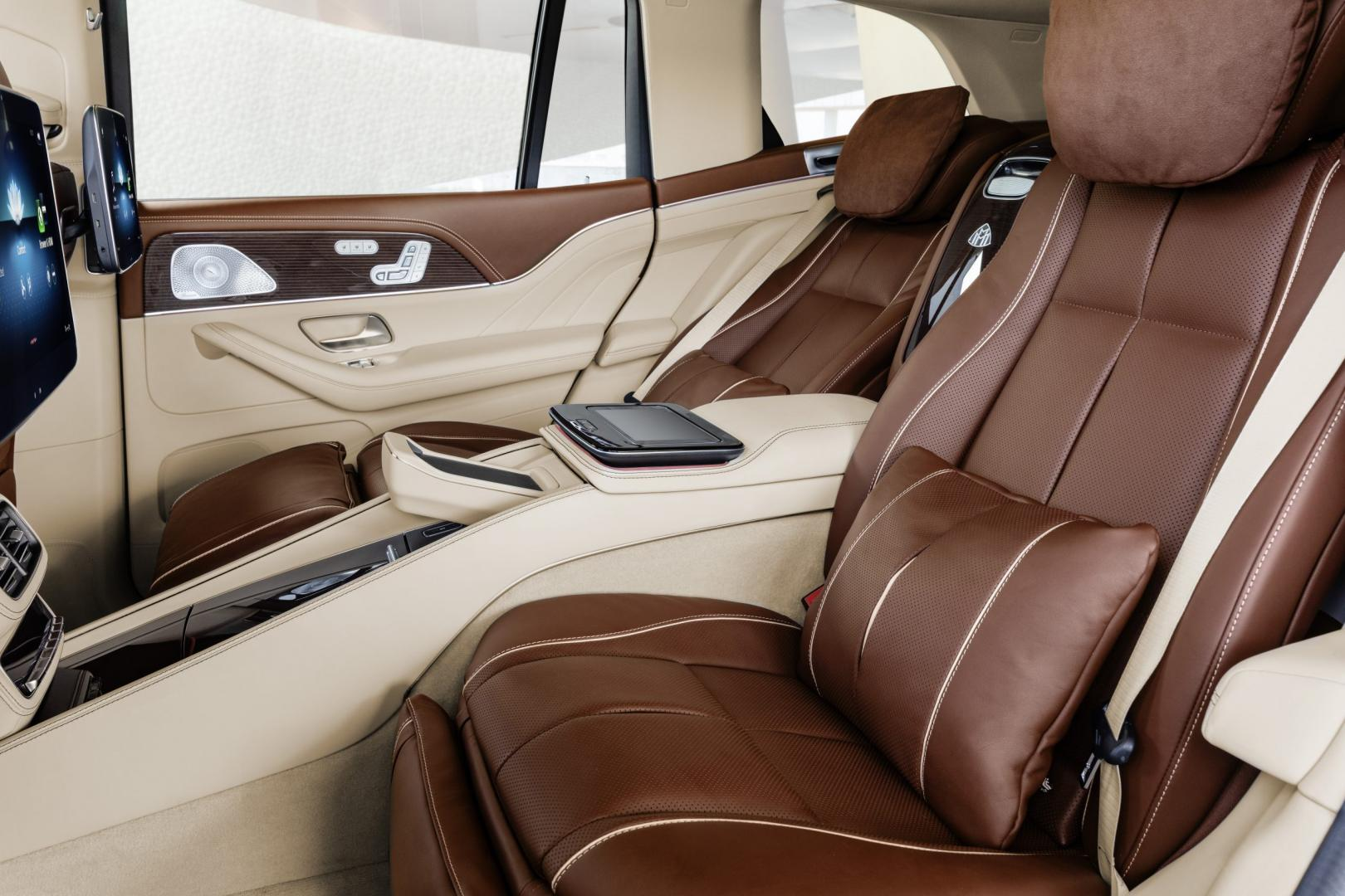 Mercedes-Maybach GLS 600Mercedes-Maybach GLS 600 interieur stoelen