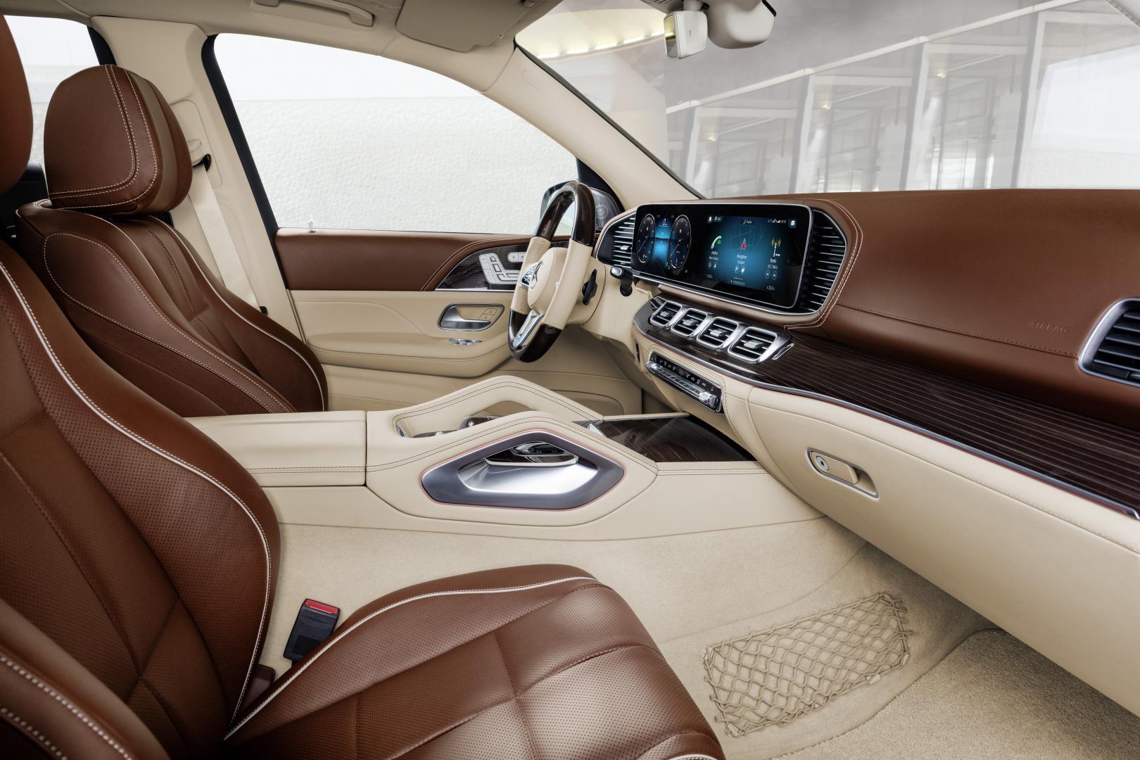 Mercedes-Maybach GLS 600 inMercedes-Maybach GLS 600 interieur stoelenterieur stoelen