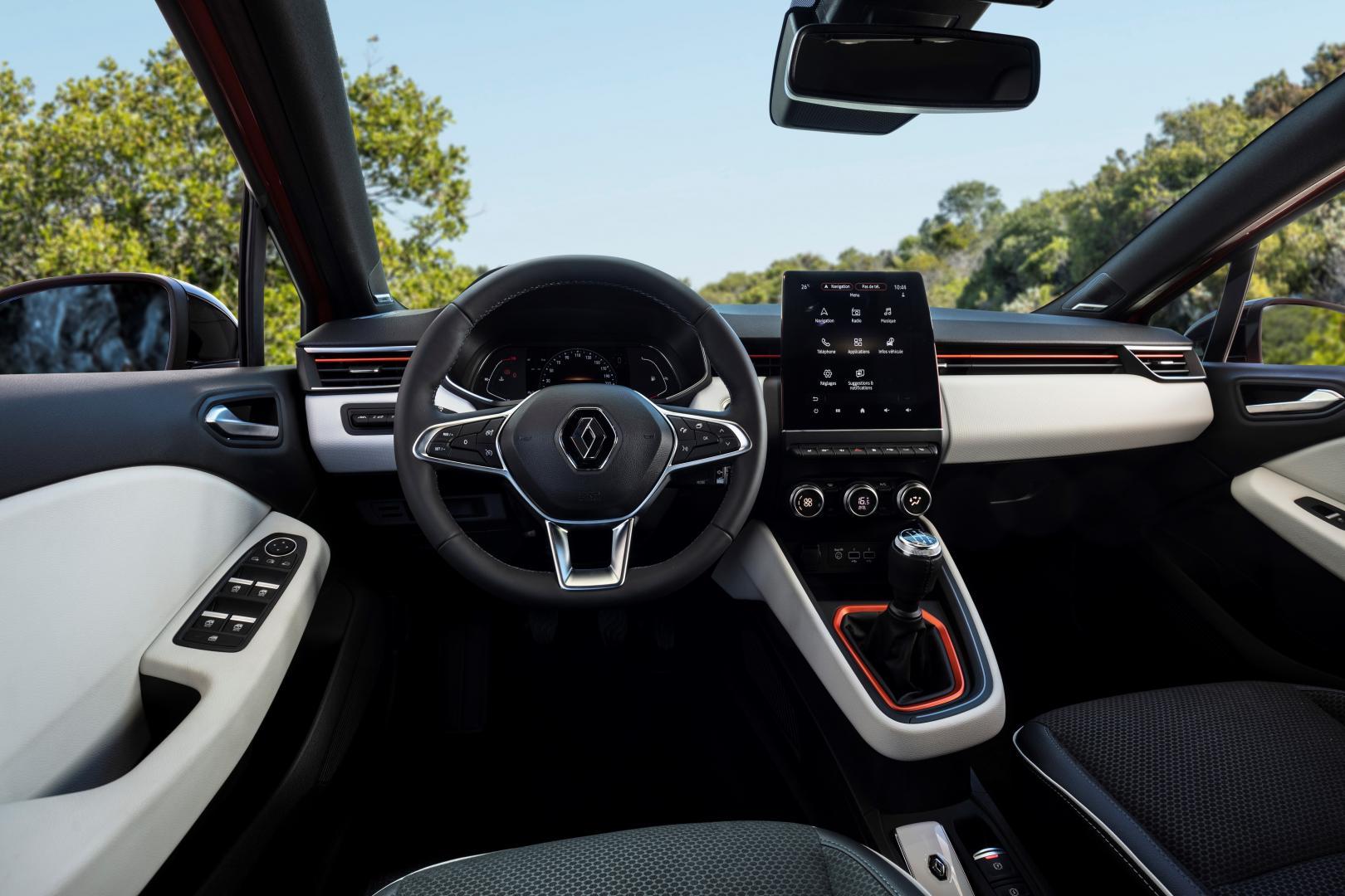 Renault Clio TCE 100 Interieur
