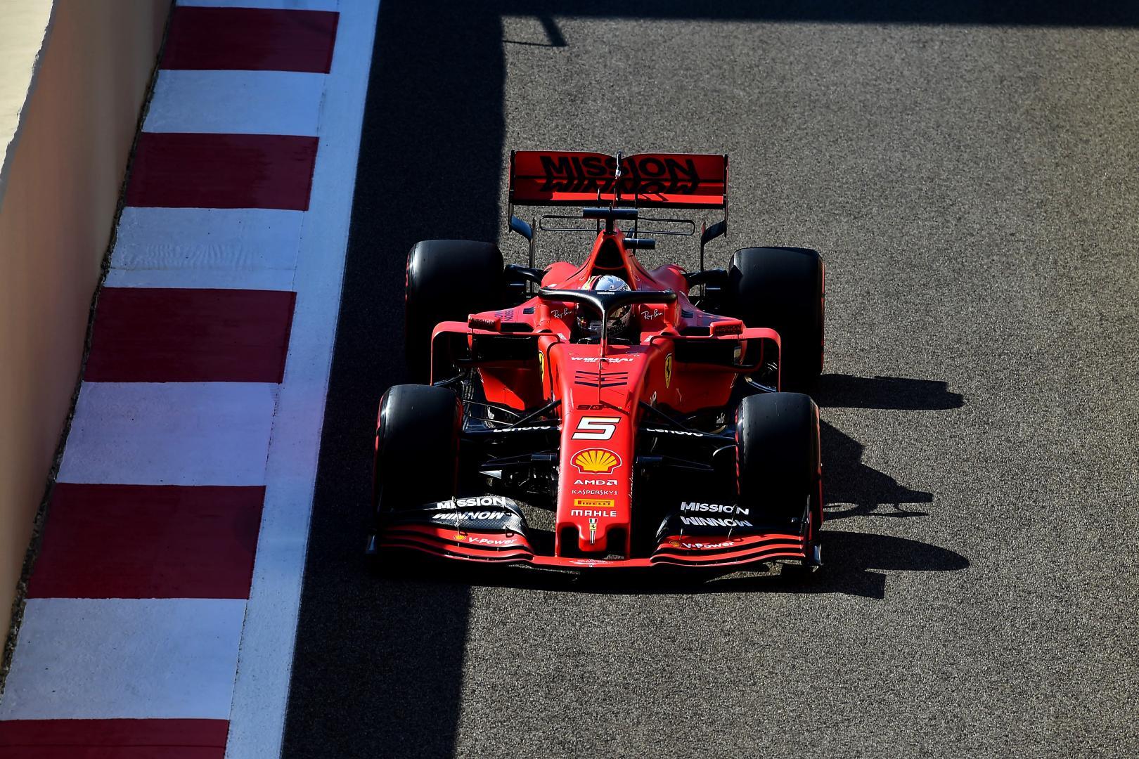 Sebastian Vettel recht boven GP van Abu Dhabi 2019