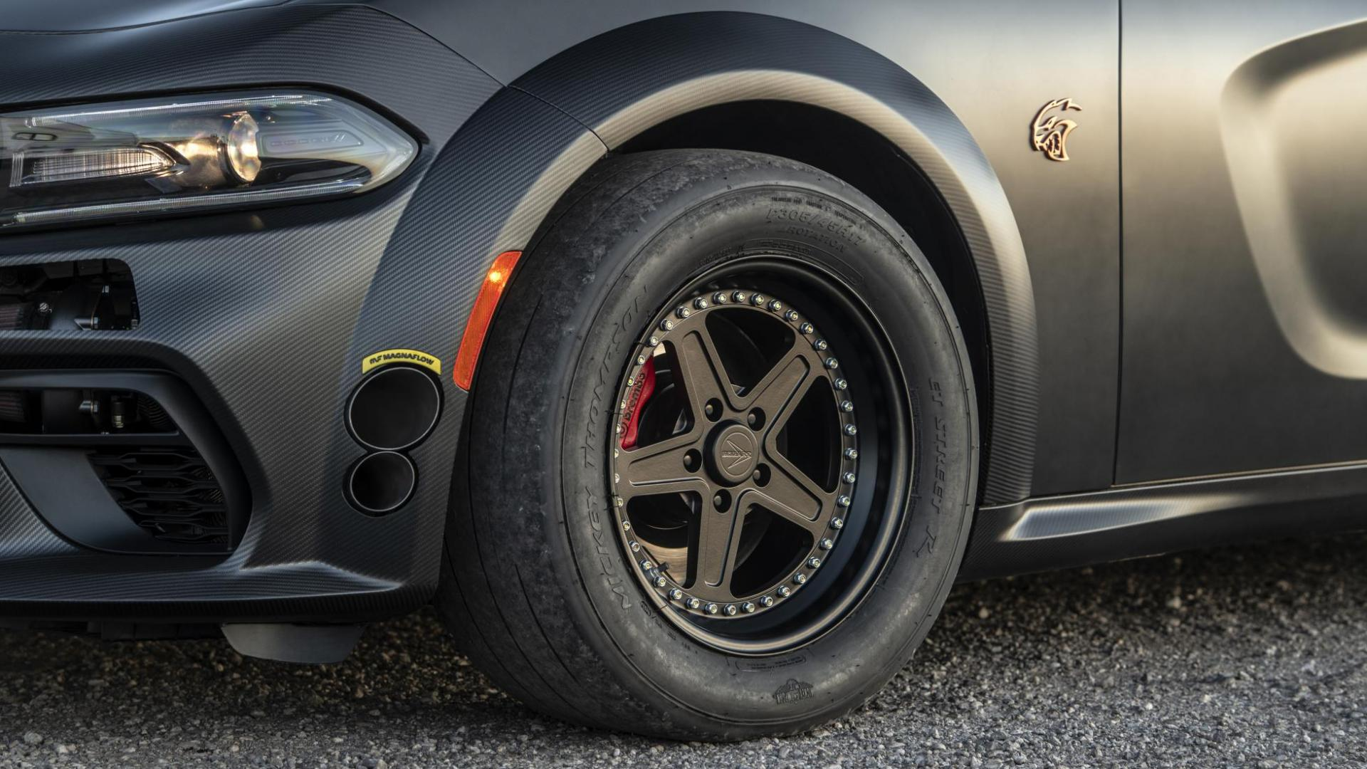 SpeedKore Dodge Charger AWD slicks banden
