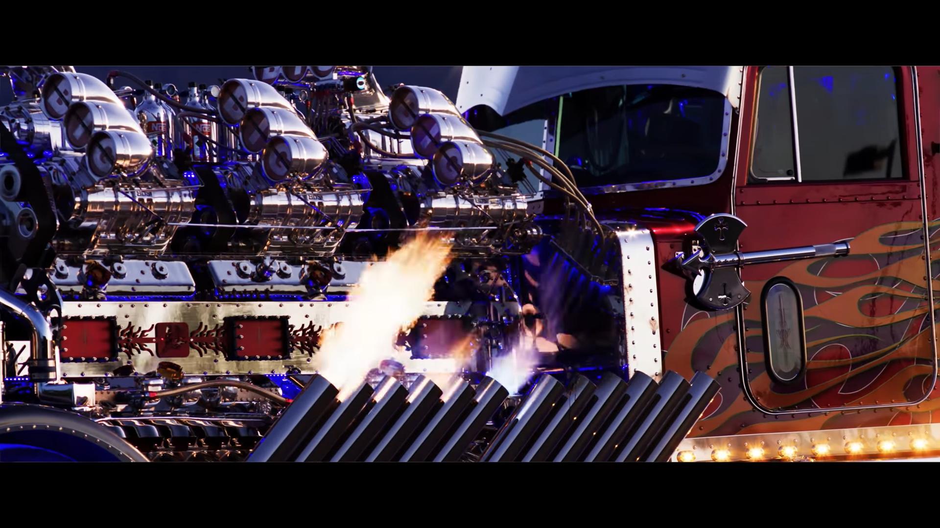 Thor24 zij vuur uit pijpen
