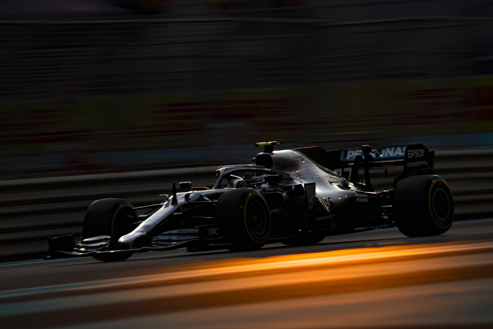 Valtteri Bottas 3 4 rijder voor GP van Abu Dhabi 2019