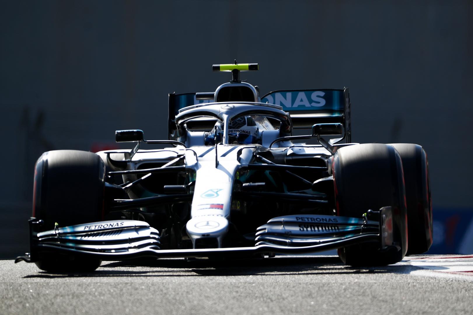 Valtteri Bottas voor GP van Abu Dhabi 2019