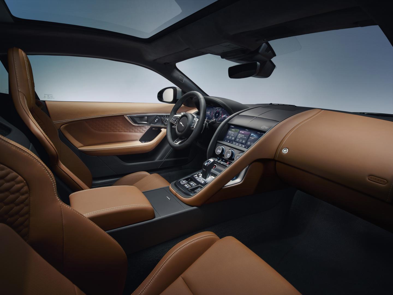 Jaguar F-type facelift 2021 interieur dashboard