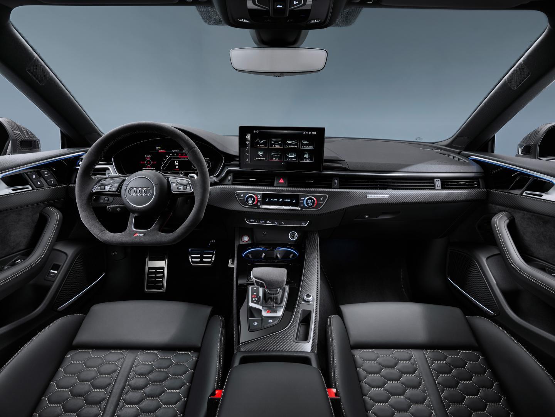 Audi RS 5 facelift interieur