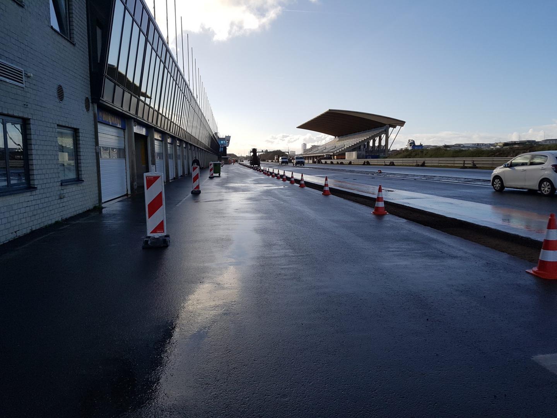 Circuit Zandvoort 2 december pits vanuit Tarzanbocht