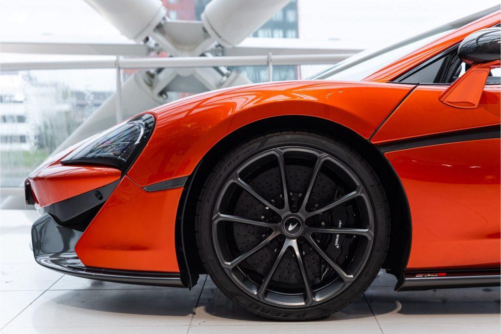 McLaren 570 S Spider detail velg