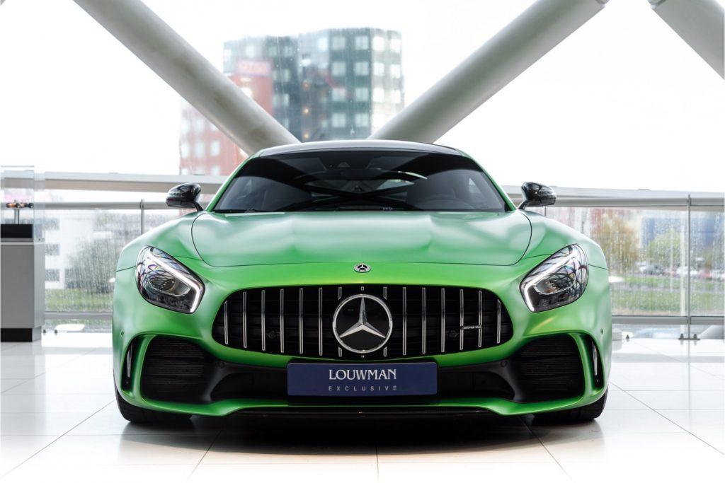 Mercedes AMG GT R Louwman Exclusive recht voor