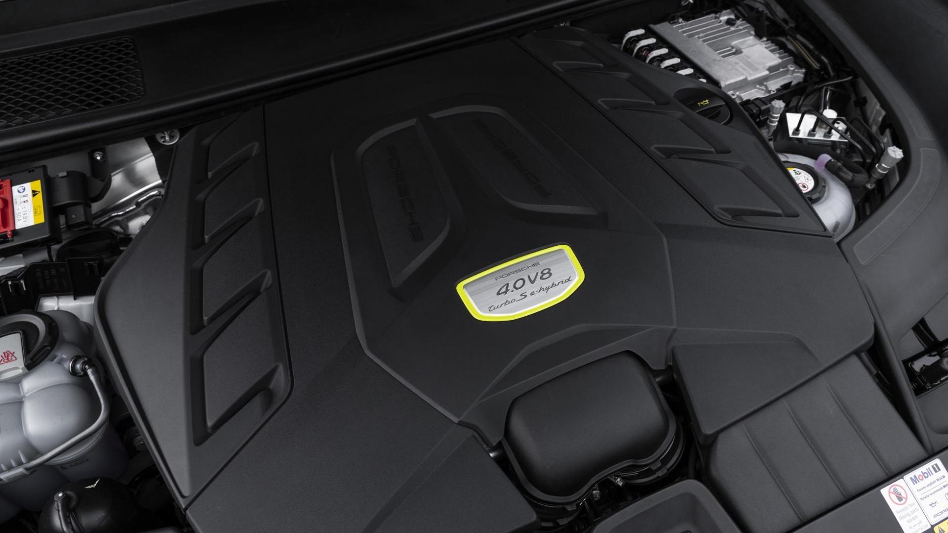 Porsche Cayenne Turbo S E-Hybrid Coupé motorblok