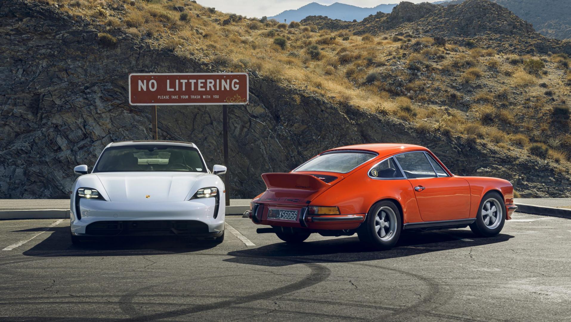 Porsche oer 911 vs Porsche Taycan statisch