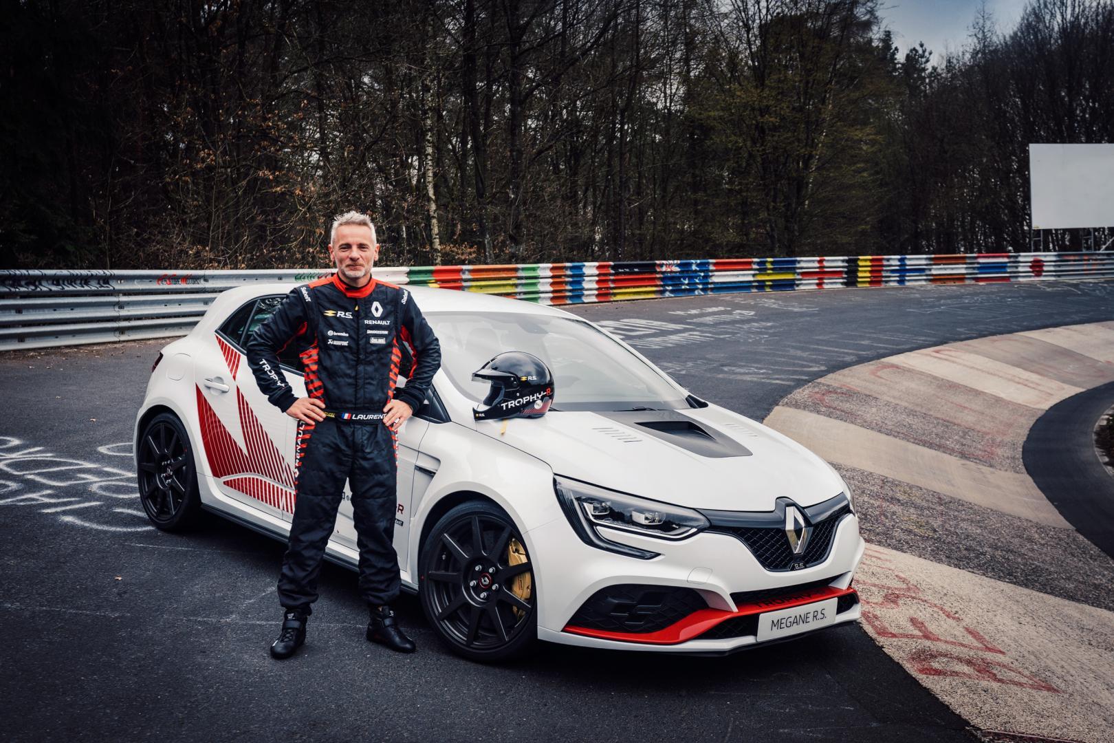 Renault Mega RS Trophy Record Nürbrugring