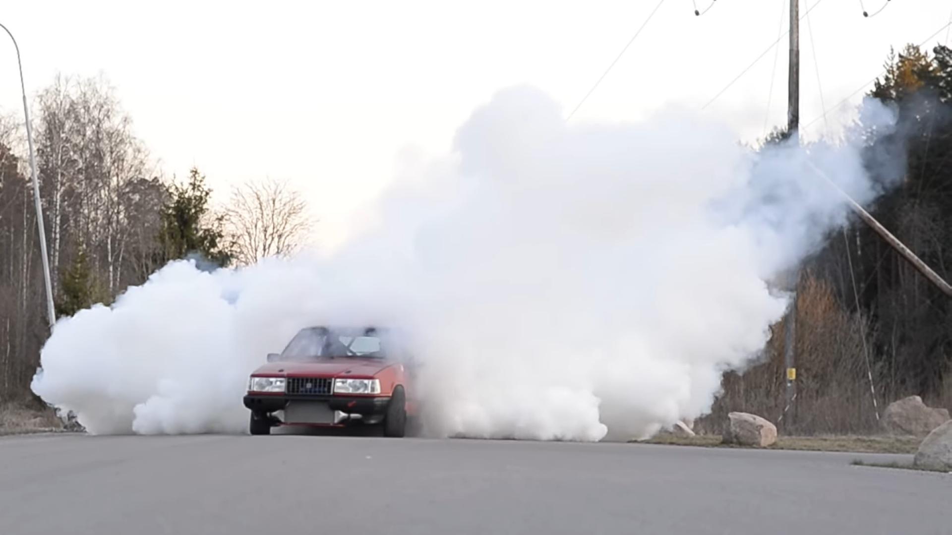 Volvo 940 met Supra-motor rookgordijn