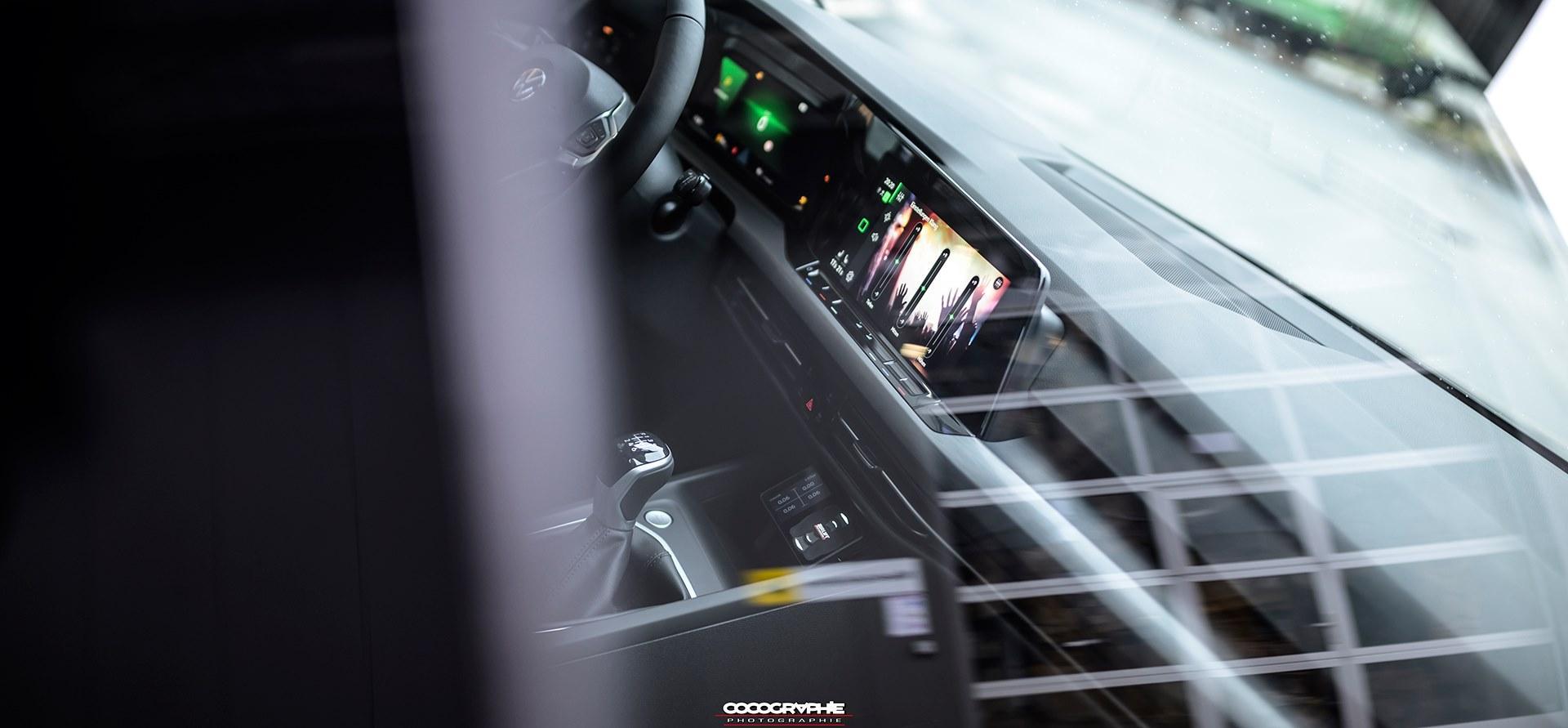 Volkswagen Golf 8 op Airride
