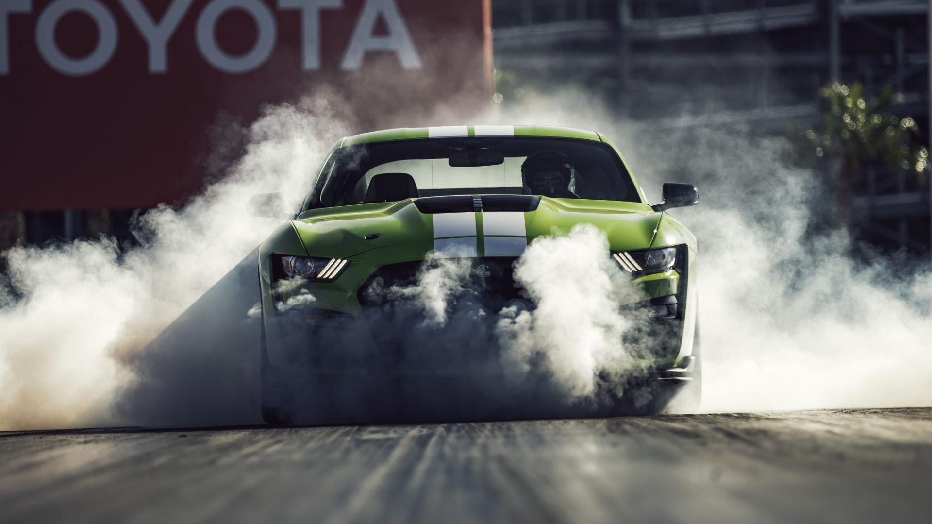 Geen nieuwe brandstofauto's meer (Ford Mustang Shelby GT500)