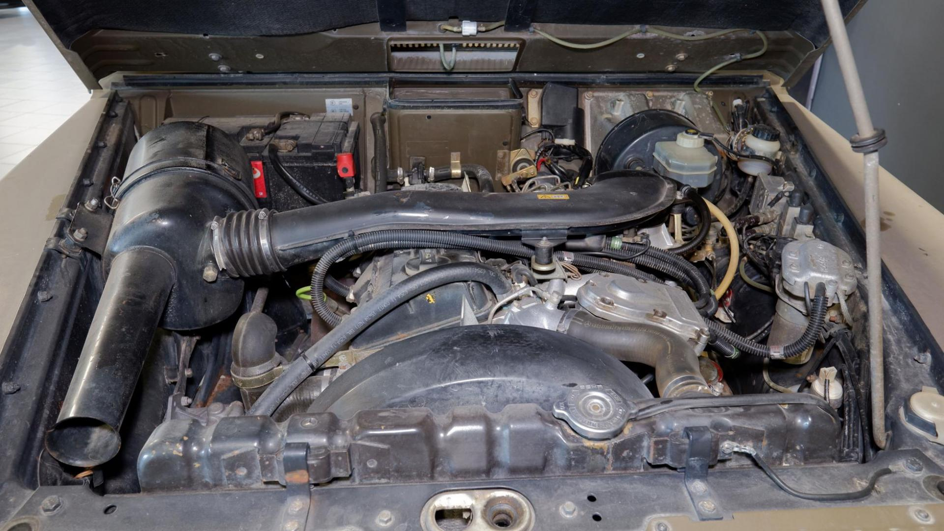 Zwitserse Mercedes G-klasses benzine viercilinder