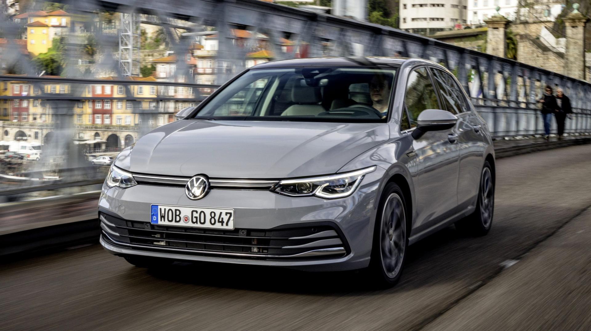VW Golf 8 grijs