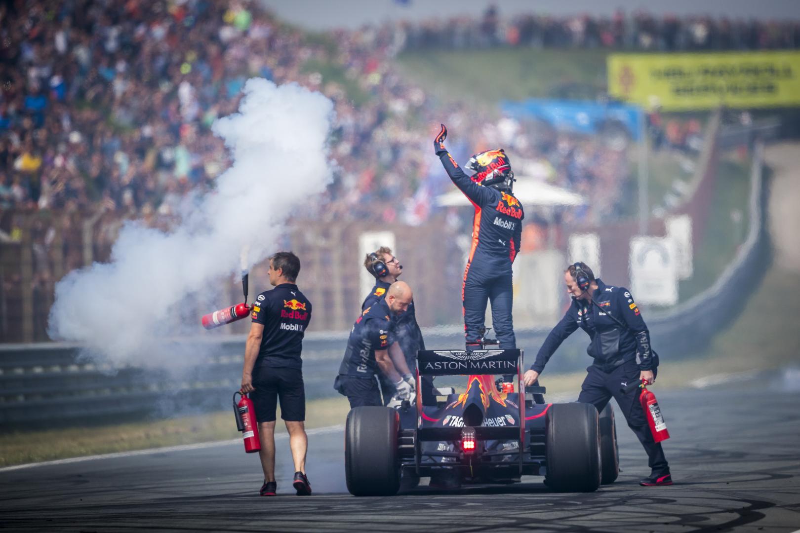 Max Verstappen in Red Bull F1 op Circuit Zandvoort tijdens Jumbo Racedagen in 2018