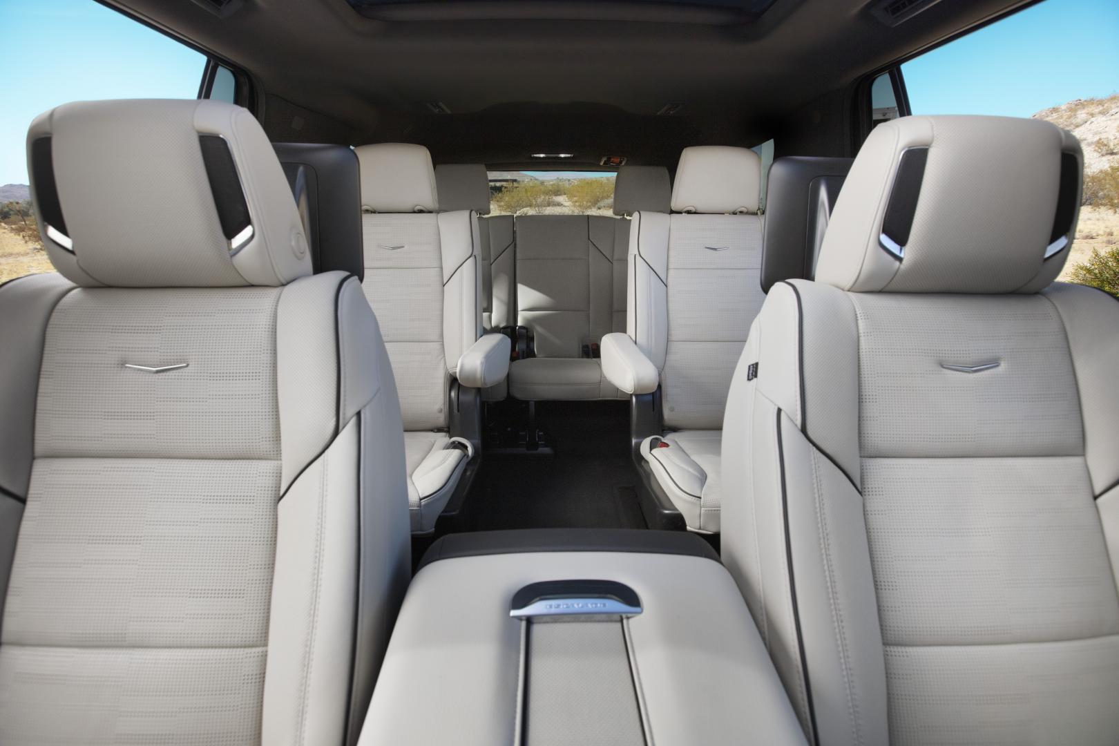 Cadillac Escalade 2021 interieur stoelen