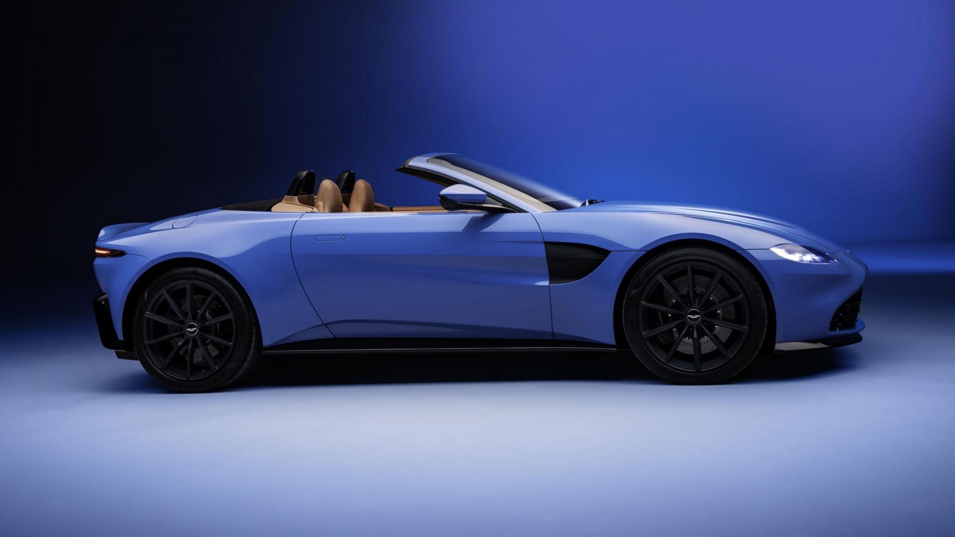 Aston Martin Vantage Roadster zijkant dak open