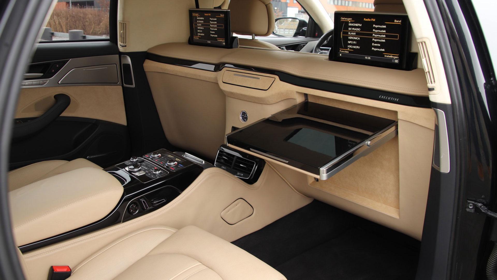 Achterstoelen Audi A8 Limousine van Remetzcar