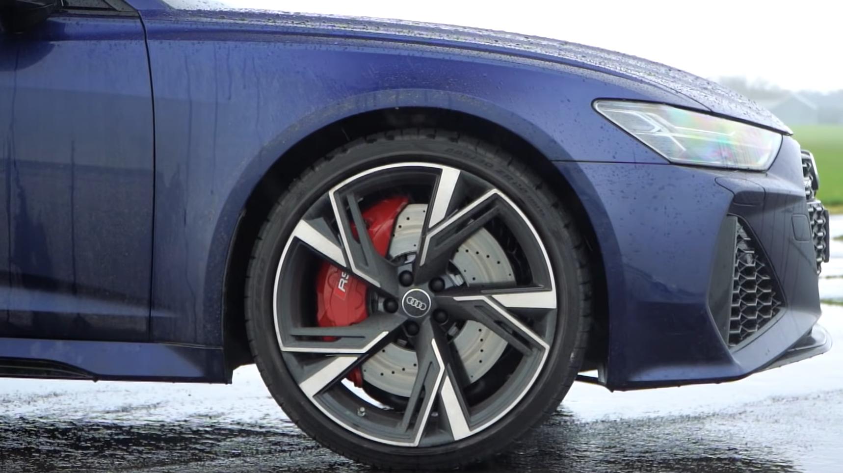 Audi RS6 Avant C8 detail velg