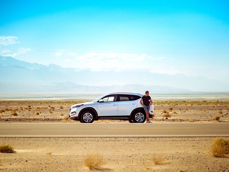 Hyundai Tucson in de woestijn roadtrip