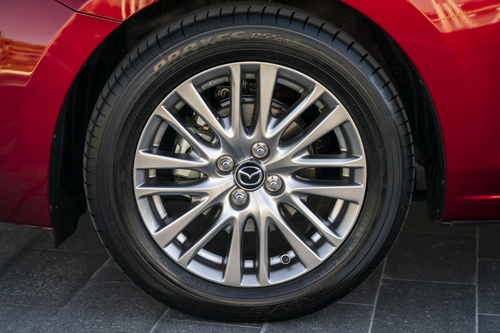 Velg Mazda 2 (2020)