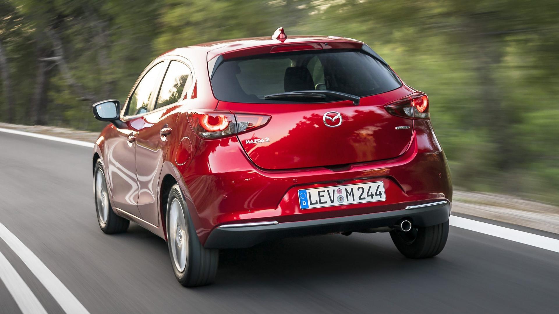 achterkant Mazda 2 (2020)