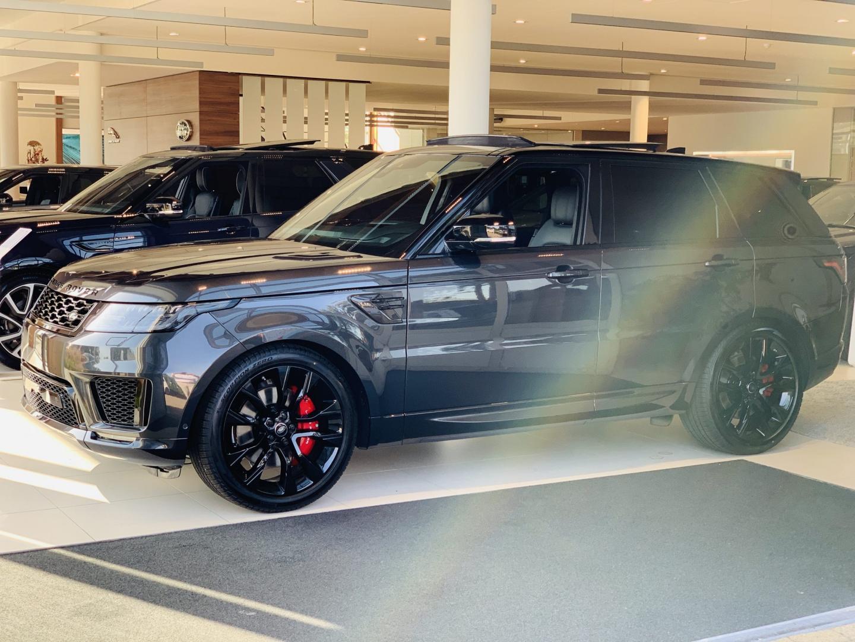 Range Rover van Rico Verhoeven