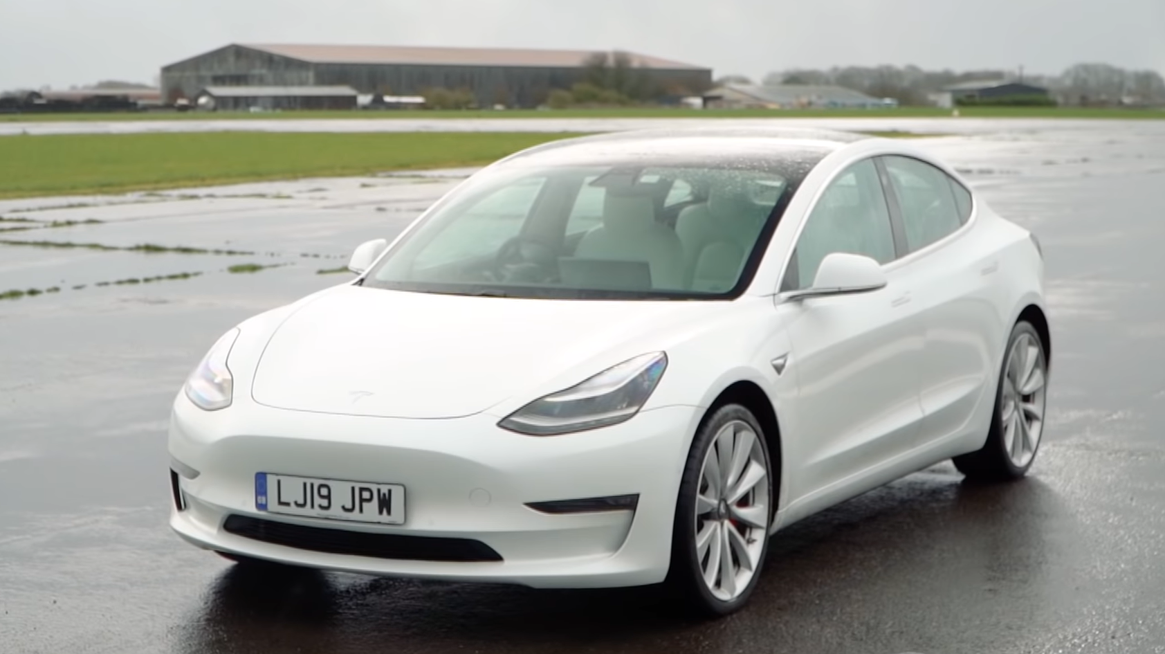 Tesla Model 3 Performance 3 4 voor