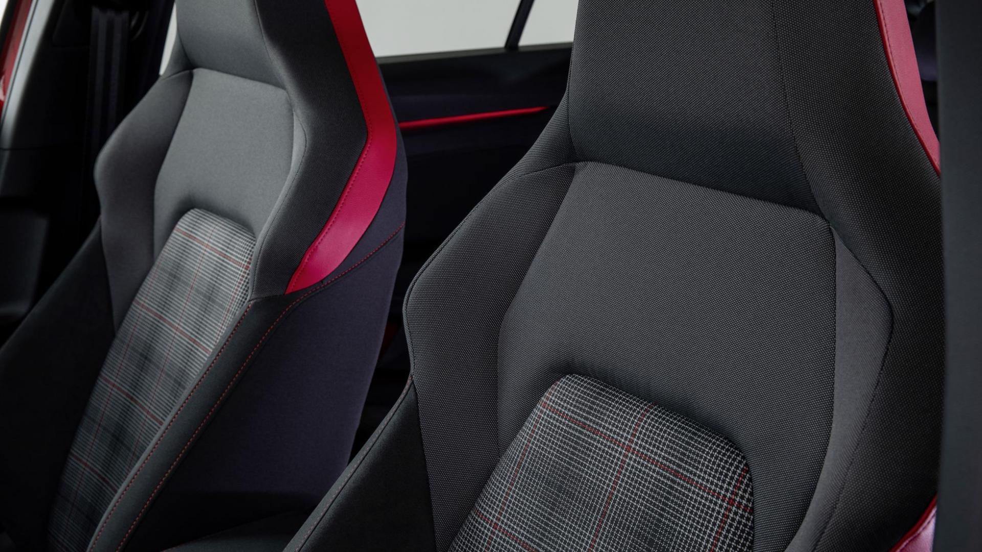Volkswagen Golf 8 GTI 2020 stoelen