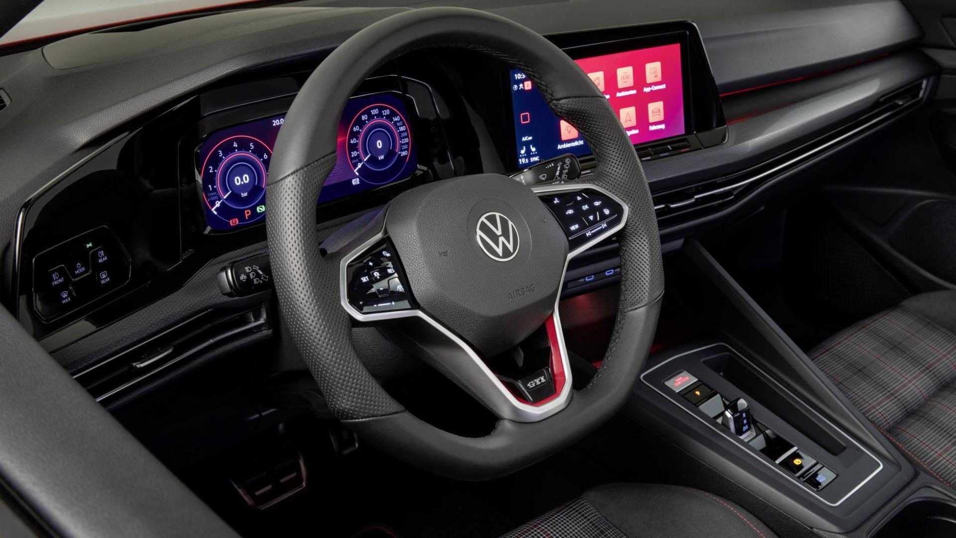 Volkswagen Golf 8 GTI 2020 stuur en tellers