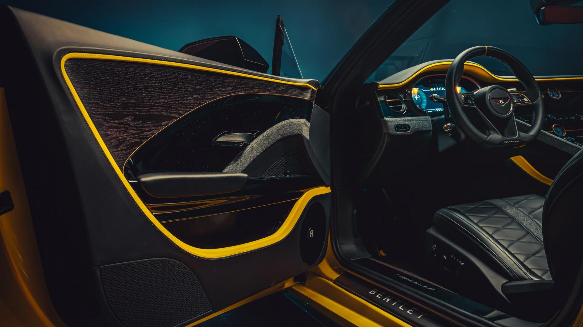 Bentley Mulliner Bacalar interieur deur deurpaneel hout