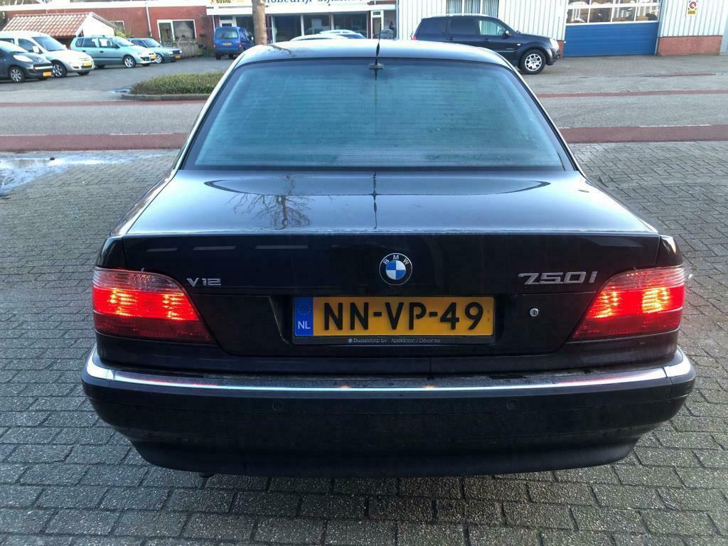 BMW 7-serie 750i goedkoopste V12 achter