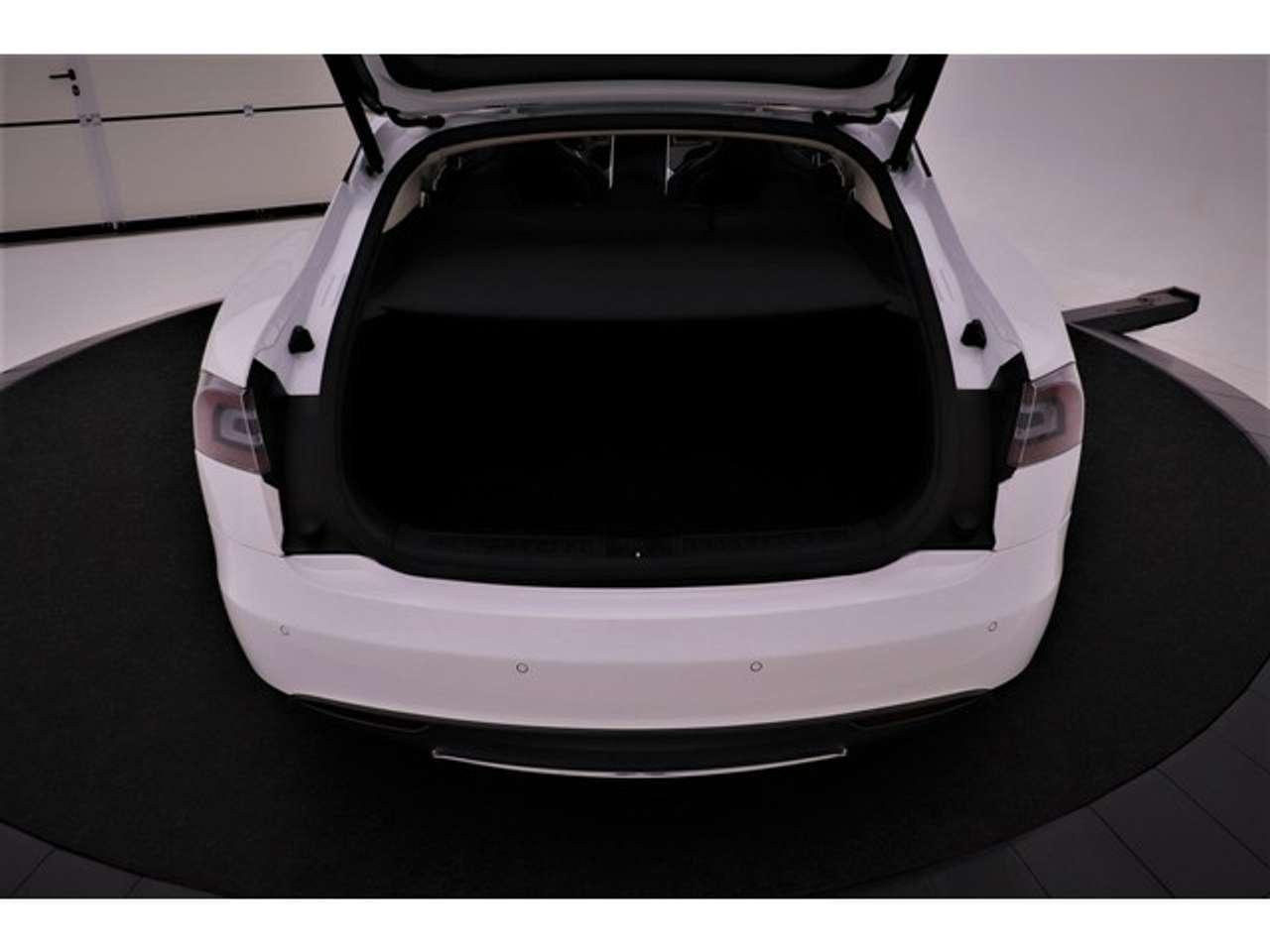 Goedkoopste Tesla kofferbak